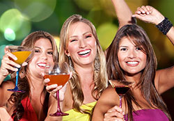 You will find all the best ideas and tips to host the best Bachelorette party your friend, sister or colleague could ever dream of, right here.